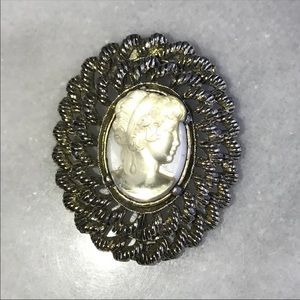 Vintage Signed Cameo Brooch